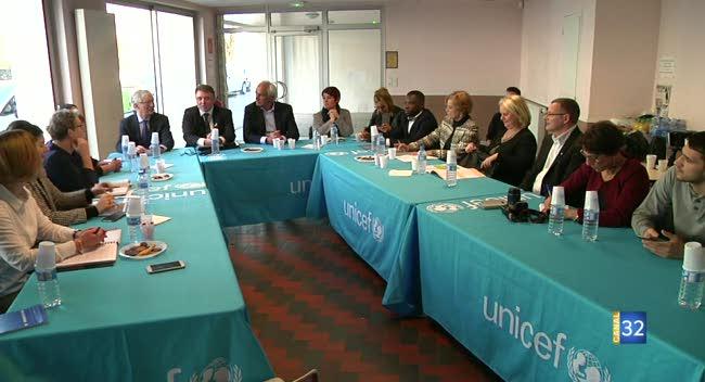 Canal 32 - Le président national de l'Unicef en visite dans l'Aube