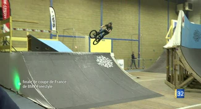 Canal 32 - Le Winter Roula3 s'offre la finale de coupe de France de BMX Freestyle