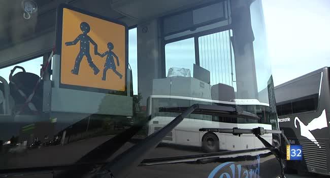Canal 32 - Les autocaristes reprennent la route pour transporter écoliers et salariés