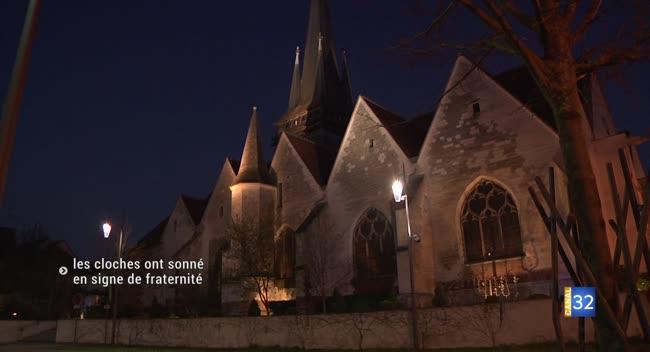 Canal 32 - Covid-19 : les cloches des églises ont sonné en signe de fraternité