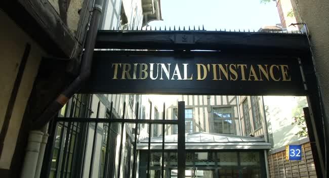 Canal 32 - Les ex PetitJean en justice face à Pôle Emploi