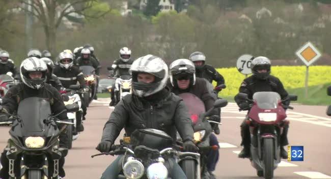 Canal 32 - Les motards aubois mobilisés contre les 80km/h