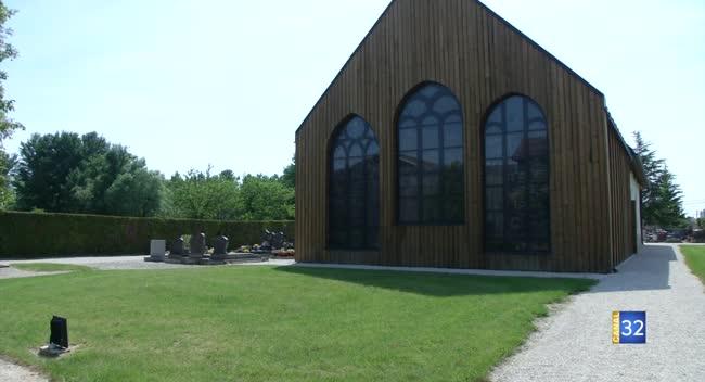Canal 32 - Les Rencontres de la Cité du Vitrail : les vitraux de l'église d'Aulnay
