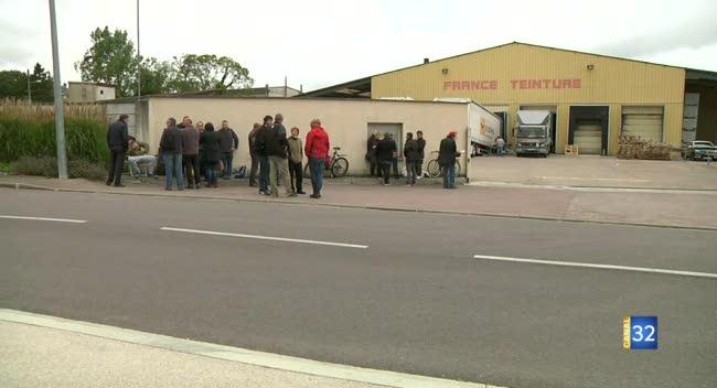 Canal 32 - Troyes : les salariés de France Teinture en grève