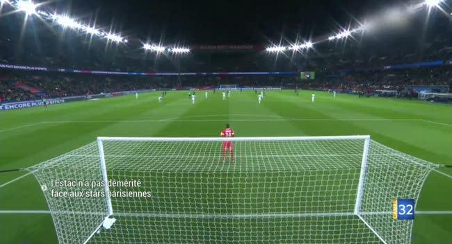 Canal 32 - Ligue 1 : l'Estac perd sur le terrain mais gagne le respect. Vidéo.