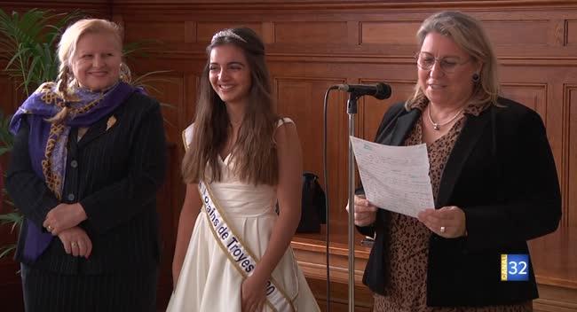 Canal 32 - Lilou sacrée reine de la Foire de Mars 2020