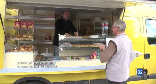 Canal 32 - Mesnil-Saint-Père : un camion-boulangerie au coeur du village