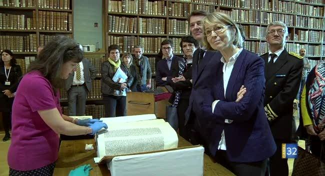 Canal 32 - La Ministre de la Culture dans l'Aube : le récit complet de la visite.