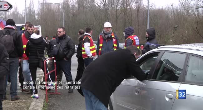Canal 32 - Nogent-sur-Seine : mobilisation devant la centrale nucléaire contre la réforme des retraites