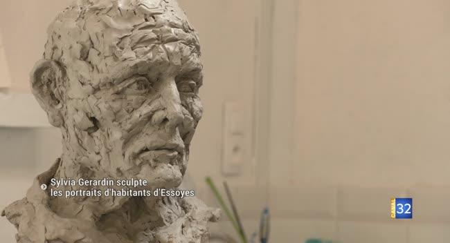 Canal 32 - Pâlis : Sylvia Gérardin sculpte les habitants d'Essoyes, en hommage à Renoir