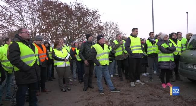Canal 32 - Près de 300 personnes rassemblées pour la manifestation des gilets jaunes