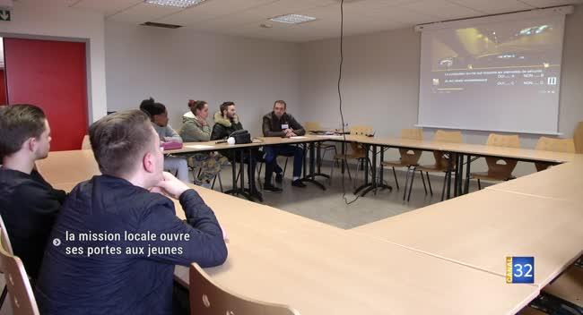 Canal 32 - Romilly-sur-Seine : des jeunes réinsérés grâce à la mission locale