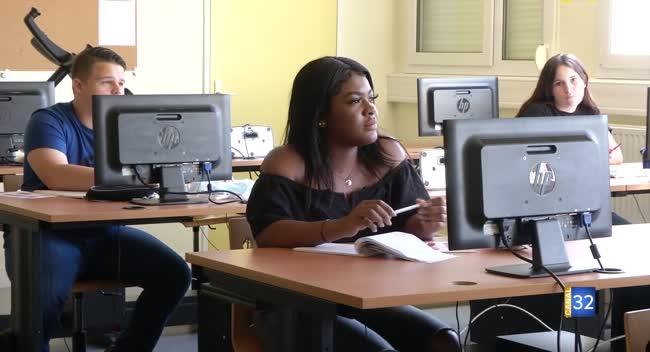 Canal 32 - Romilly-sur-Seine : le lycée Diderot accueille 62 élèves dès ce mardi