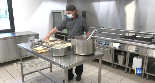 Canal 32 - Sainte-Savine : des produits locaux au menu de l'Institut Chanteloup
