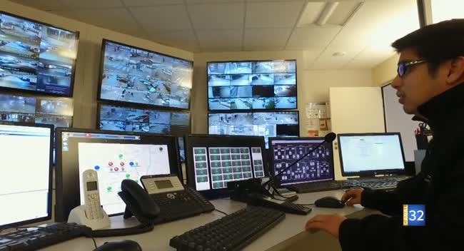 Canal 32 - TPA - le poste central de surveillance