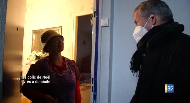 Canal 32 - Troyes : les colis de Noël des aînés distribués en porte-à-porte