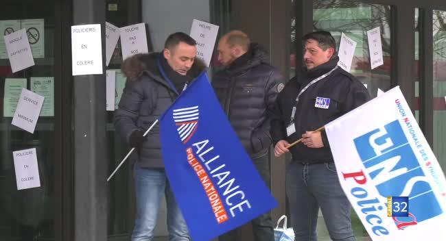 Canal 32 - Troyes : les policiers débrayent et attendent des réponses concrètes