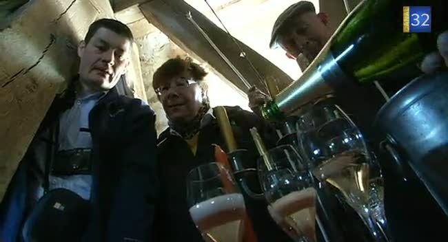 Canal 32 - Un clocher pour déguster du champagne