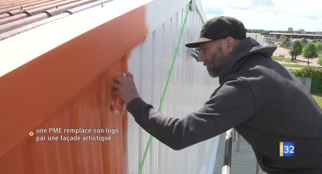 Canal 32 - La Chapelle Saint-Luc : un graffeur de Montréal crée une oeuvre sur la façade d'une PME