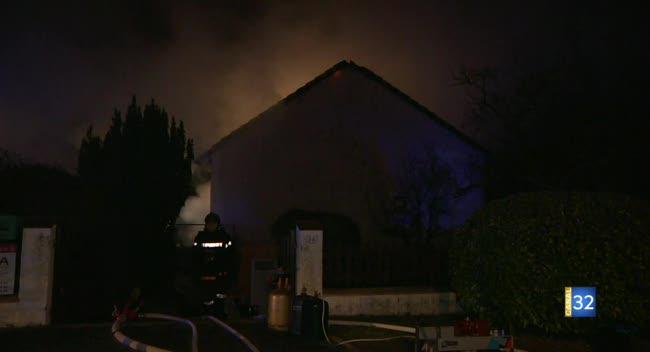 Canal 32 - Un octogénaire savinien perd la vie dans l'incendie de son pavillon