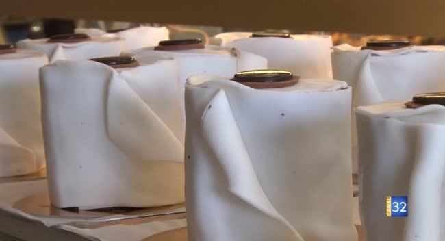 Canal 32 - Sainte-Savine : Un pâtissier crée des rouleaux de papier toilette gourmands