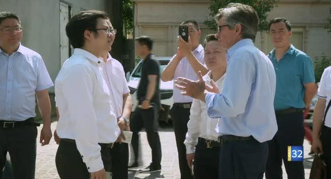 Canal 32 - Des professionnels du tourisme chinois visitent Ervy-le-Châtel