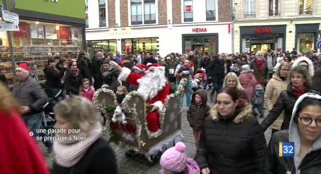 Canal 32 - Une parade de Noël se balade dans les rues de Troyes