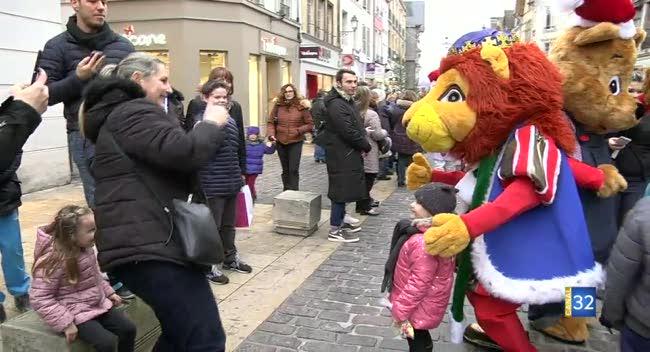 Canal 32 - Une parade pour attendre encore un peu Noël