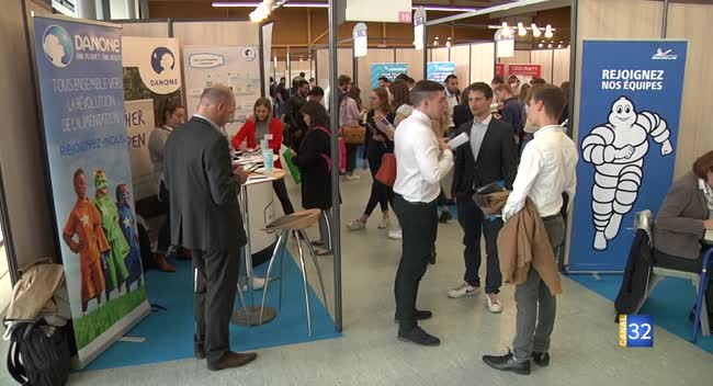 Canal 32 - UTT : un forum pour rencontrer les entreprises