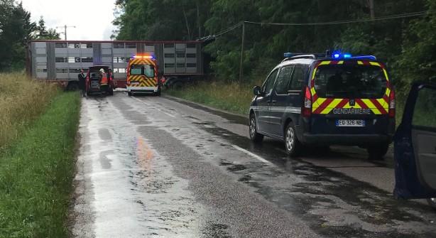 Emission Grave accident de la route près de Chaource : 2 morts et 2 personnes en urgence absolue